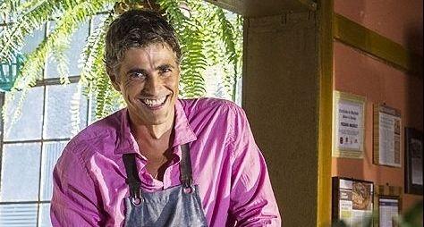 """Reynaldo Gianecchini assume cabelos grisalhos para """"Em Família"""""""