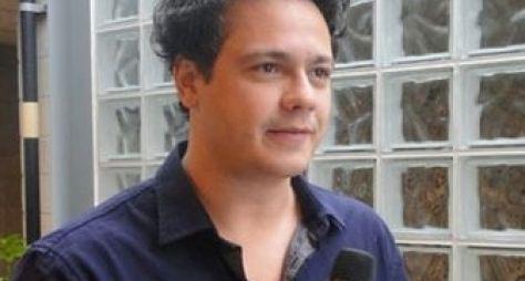 Danton Mello deve voltar à TV em humorístico de Marcelo Adnet