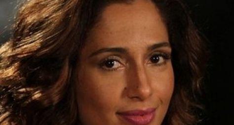 Camila Pitanga é reservada para novela de Gilberto Braga