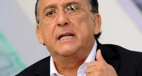 Galvão Bueno comete gafe em jogo do Brasil