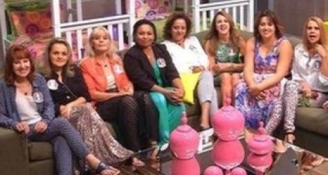 Mães e tias dos participantes entram na casa do BBB14