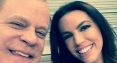 """Chico Pinheiro faz """"selfie"""" no Bom Dia Brasil"""