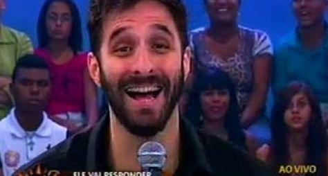 Com Rafinha Bastos, Domingo Show tem picos de audiência e vence Domingo Legal