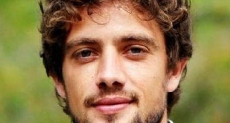 Rafael Cardoso é reservado para novela de Gilberto Braga