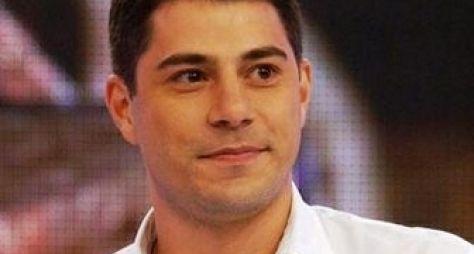Globo nega que Evaristo Costa deixará bancada do Jornal Hoje