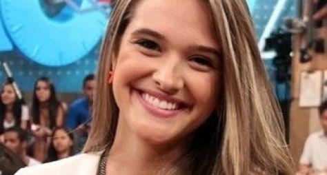 Juliana Paiva assina contrato de prazo longo com a Globo