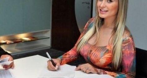 RedeTV! contrata as modelos Babi Rossi e Andressa Urach