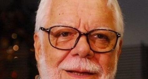 """""""Pistas falsas"""", diz Manoel Carlos sobre supostos desfechos de Em Família"""