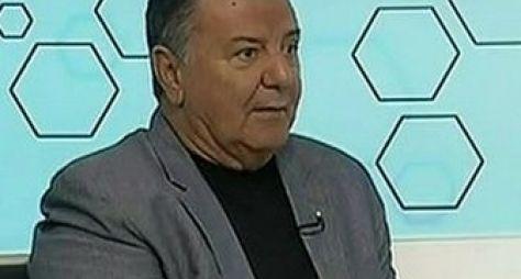 Irritado, Arnaldo Cézar Coelho grita com Cleber Machado na TV