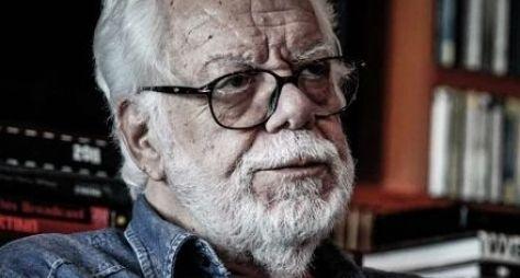 Em Família: Manoel Carlos explica ausência de atores