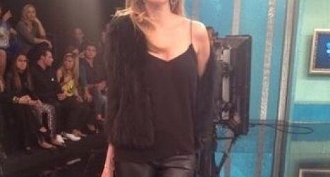 Luciana Gimenez desmaia ao vivo e assusta produção do SuperPop