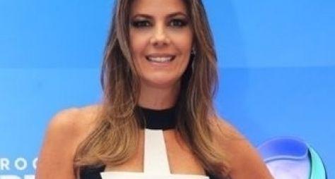 Record anuncia saída de Fabiana Scaranzi do Domingo Espetacular