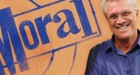 Pedro Bial fará Na Moral ao vivo neste ano