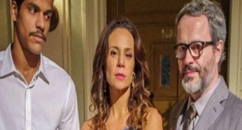 Em Família: Guiomar revela a Juliana que Nando e Gorete eram amantes