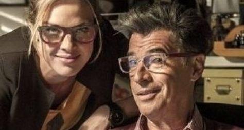 Paulo Betti dará vida a blogueiro de celebridades em Império