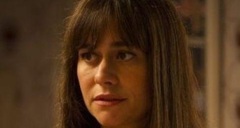 """""""Acho que essa novela vai bombar"""", diz Alessandra Negrini sobre Boogie Oogie"""