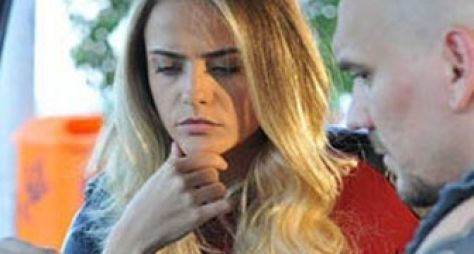 Vitória: Priscila manda dar surra em Dinho