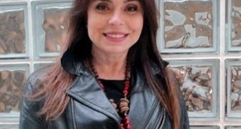 Françoise Forton reforça o elenco da série Sexo e As Negas