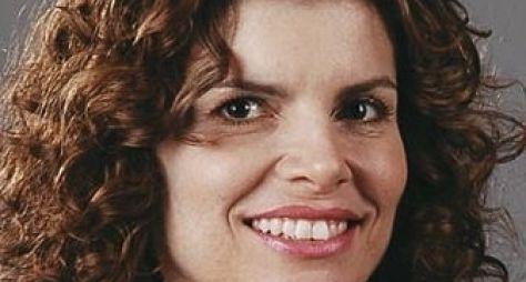 Débora Bloch enfrenta frio para gravar cenas de Sete Vidas