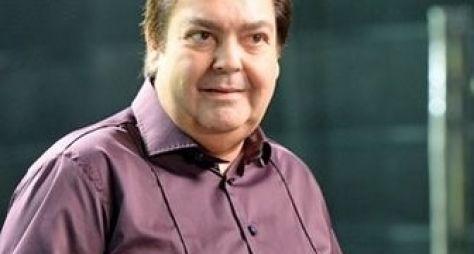 Fausto Silva renova contrato com a Globo por mais sete anos