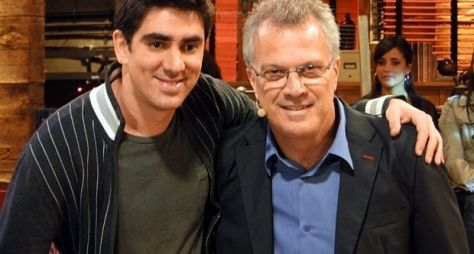 Pedro Bial está na equipe de talk show de Marcelo Adnet