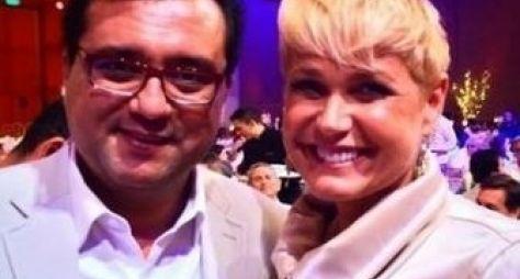 Com futuro indeciso, Xuxa é vista com apresentador da Record