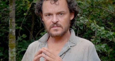 Matheus Nachtergaele é reservado para série na Globo