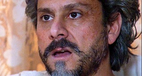 Império: José Alfredo recupera sua fortuna