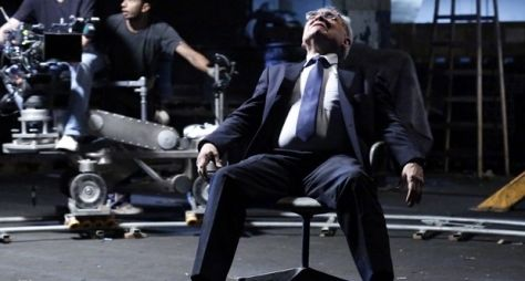 Othon Bastos vai às lágrimas em gravação de Império
