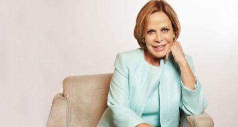Claudete Troiano renova contrato e comemora um ano de sucesso na TV Aparecida