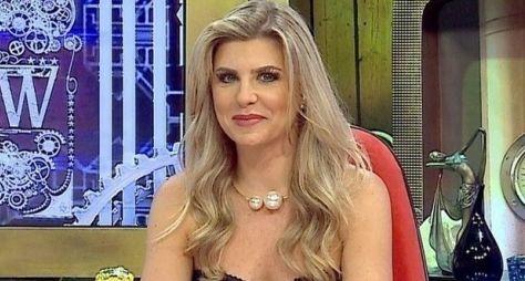 Iris Stefanelli vai apresentar pegadinhas na RedeTV!