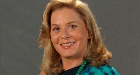 Vera Fischer renova contrato com a Globo
