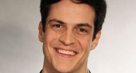 Mateus Solano participará de nova versão da Escolinha do Professor Raimundo