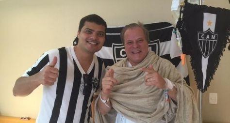 Chico Pinheiro é internado em hospital no Rio com pneumonia