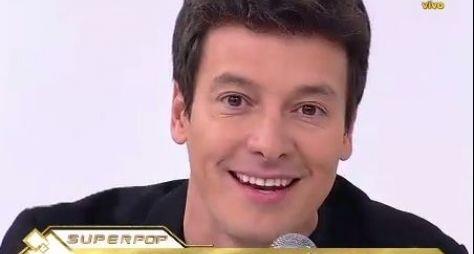 Faro critica 'Melhores do Ano' da Globo sem artistas da Record, RedeTV! e SBT
