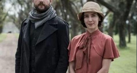 Selton Mello e Marjorie Estiano gravam cenas de Ligações Perigosas