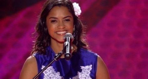 Lucy Alves fará triângulo amoroso com Camila Pitanga e Domingos Montagner