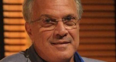 Pedro Bial é convidado para comandar programa de entrevistas no GNT