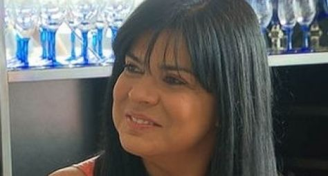 Mara Maravilha vira catadora de lixo para programa de Gugu