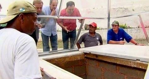 Gugu volta à tela da Record com reportagem sobre Dercy Gonçalves