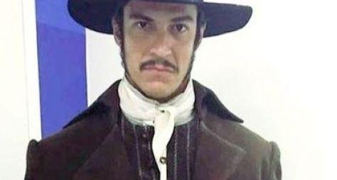 Mateus Solano comenta papel que marca seu retorno às novelas após dois anos