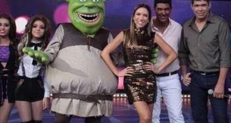 Patricia Abravanel recebe os covers de Shrek no Máquina da Fama