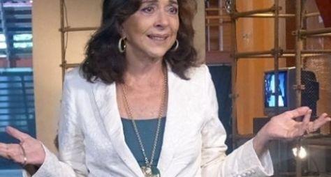 Betty Faria renova contrato com a Globo