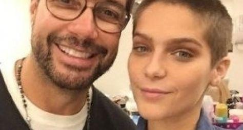 A Lei do Amor: Isabella Santoni raspa o cabelo para personagem com leucemia