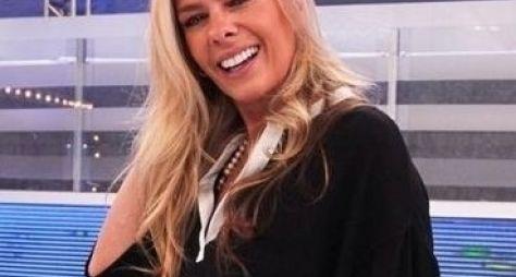 Após visita à Globo, Adriane Galisteu apresentará programa na Band News