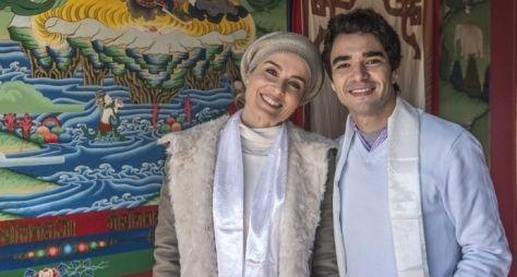 Estrelas: Angélica e Caio Blat visitam templo budista