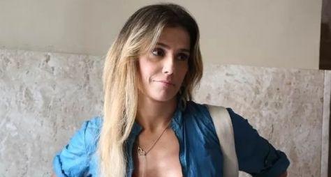 """""""Me ofereci para fazer grávida"""", diz Deborah Secco sobre Verdades Secretas"""