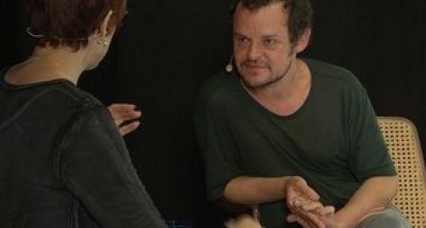 Matheus Nachtergaele é o primeiro entrevistado da 4ª temporada do Ofício em cena