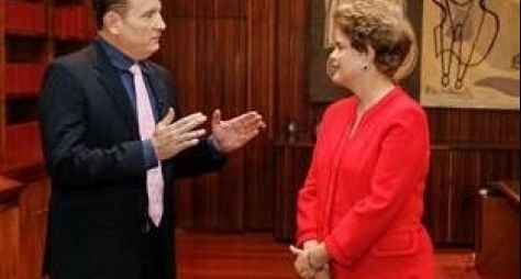 SBT: Roberto Cabrini entrevista Dilma Rousseff neste domingo
