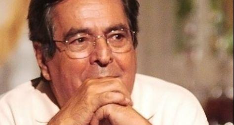 """""""Na minha novela ele não põe a mão"""", diz Ruy Barbosa sobre Sílvio de Abreu"""
